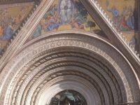 איטליה אדריכלות כנסיות מקודשת וצבעים